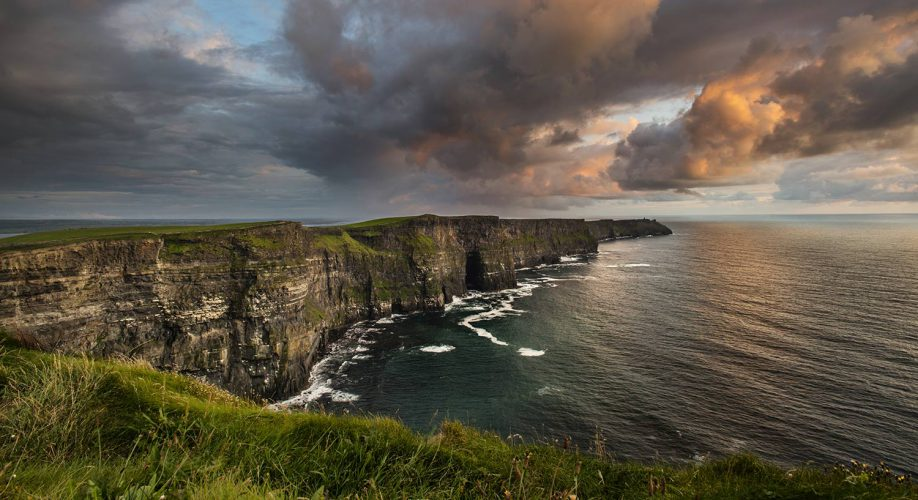 CMG Tours - the cliffs of moher